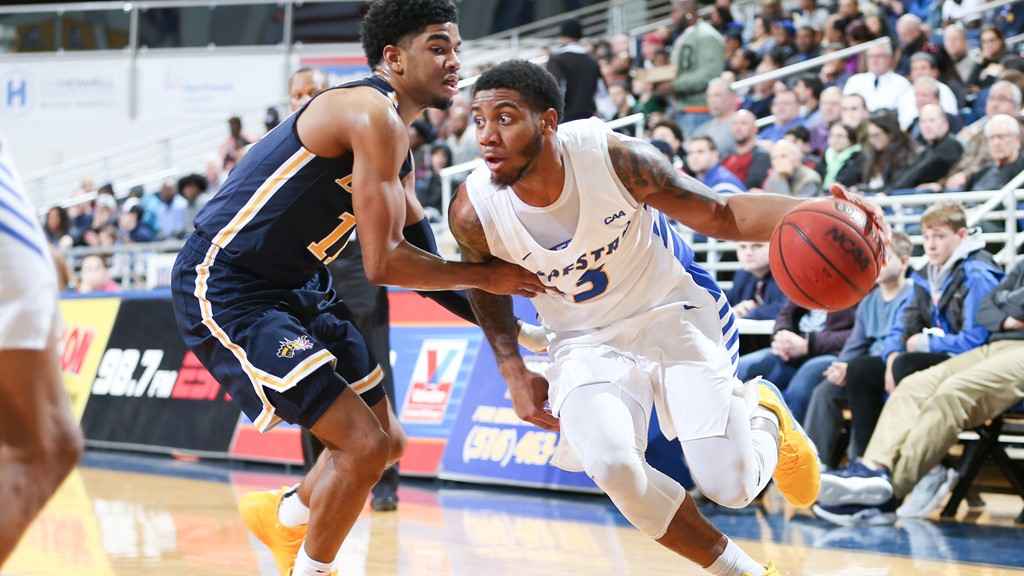 d52381aa4fe Wright-Foreman Named Finalist For Jerry West Shooting Guard Of The Year  Award