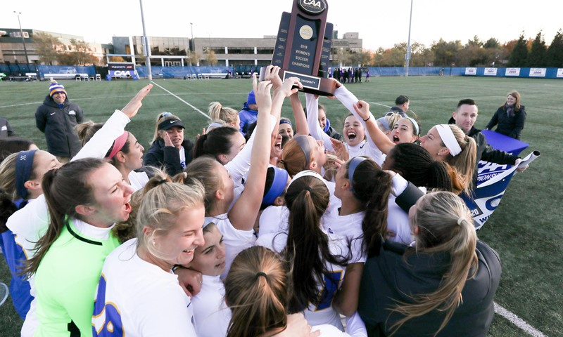 Hofstra to Host Loyola Chicago In First Round of NCAA Women's Soccer Championship
